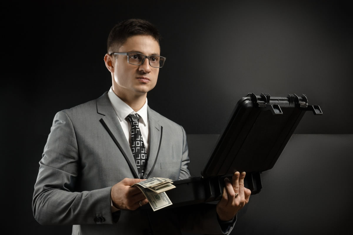 Four Qualities of a Reputable Bail Bonds Agent